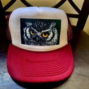 Trucker Style Hat Owl 🦉 OttO mesh back 1 size fit